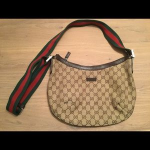 0cabc0268d2 Women s Classic Gucci Bags on Poshmark